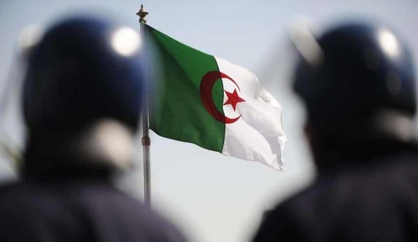 قتل شاب جزائري وبتر يده لسرقة سيارته
