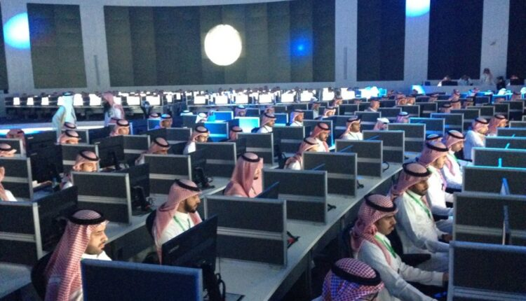 لجان إلكترونية إماراتية - سلطنة عمان