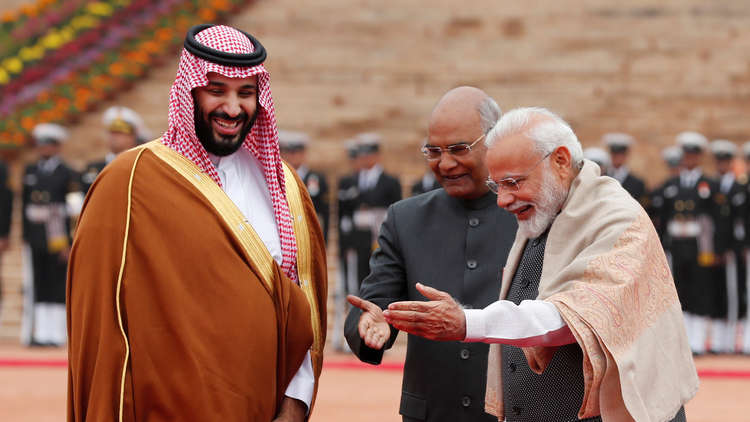 محمد بن سلمان خلال زيارته الهند