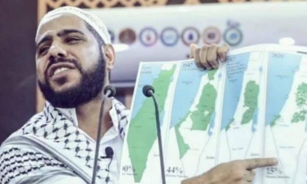 """""""لا يغرنكم تطبيع الخائنين"""".. داعية فلسطيني شهير يكشف ما يفعله السودانيون عند ذكر فلسطين والقدس أمامهم!"""