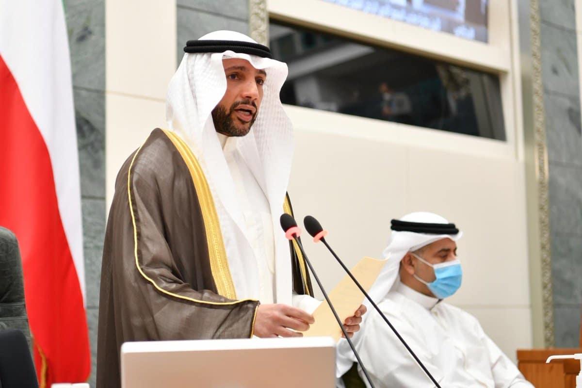 """""""شاهد"""" مرزوق الغانم يصفع صهاينة الإمارات والبحرين على الهواء مباشرة وهذا ما قاله بجلسة تأبين صباح الأحمد"""