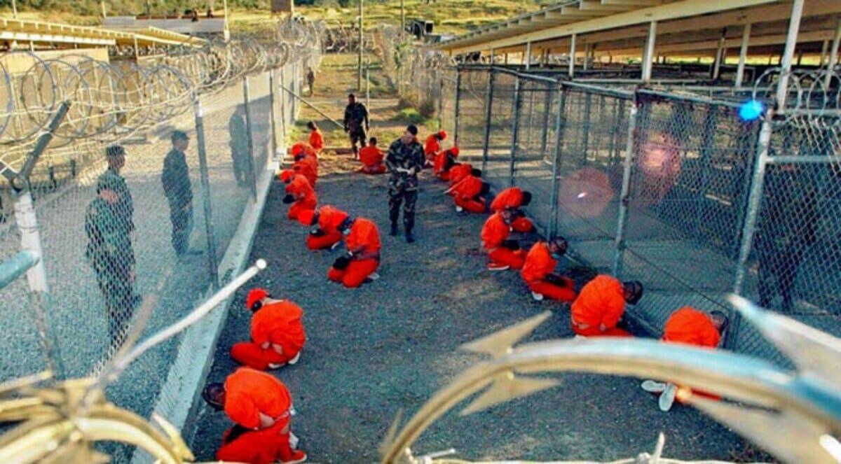 معتقلون في جوانتانامو