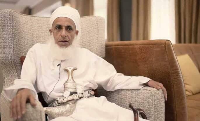 مفتي سلطنة عمان يعلق على قضية زوينة الهنائي