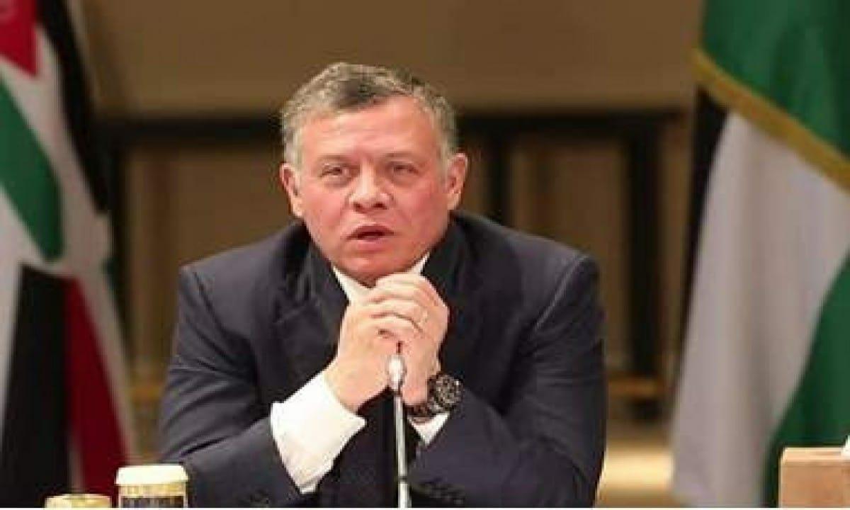 دبلوماسي إسرائيلي يدعو لتعزيز العلاقات مع ملك الأردن ويكشف الأسباب