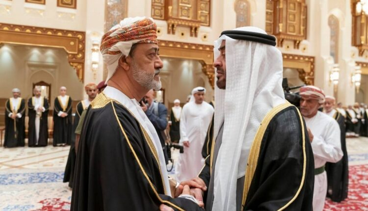سلطان سلطنة عمان هيثم بن طارق ومحمد بن زايد - عُمان