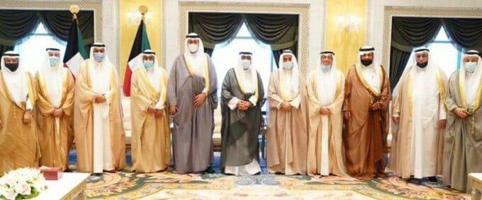 ولي عهد الكويت خلال استقباله اعضاء مجلس القضاء الاعلى