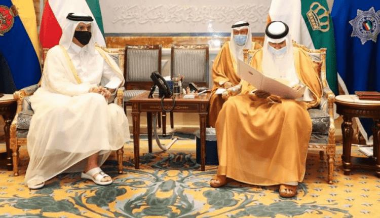 أمير الكويت ووزير خارجية قطر