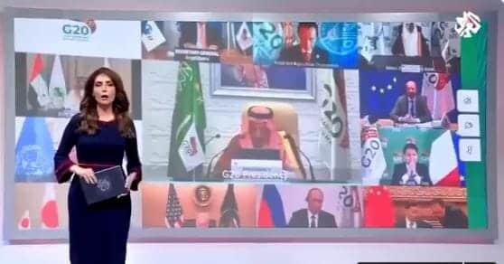 """""""شاهد"""" خطأ عفوي لمذيعة """"تلفزيون العربي"""" طار به الذباب وجعل """"الدوحة"""" الوسم رقم واحد في السعودية"""