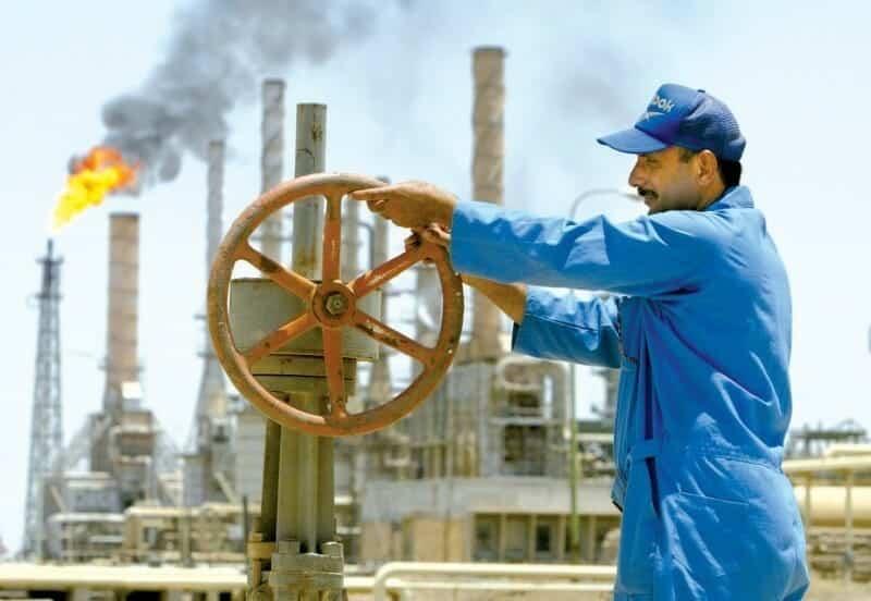 الحكومة البريطانية تنشر قواتها في الأراضي السعودية للدفاع عن حقول النفط