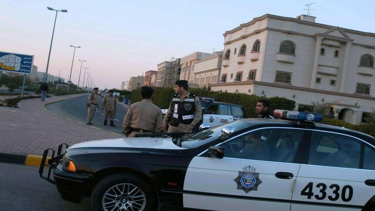 الشرطة الكويتية-طعن رجال أمن الكويت