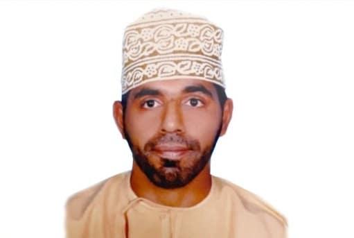 العثور على جثة المواطن العماني علي بن مصبح الربخي بعد فقدانه لاربعة ايام
