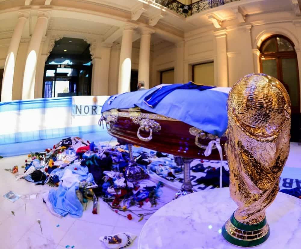 جثة مارادونا