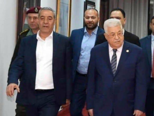 حسين الشيخ - محمود عباس