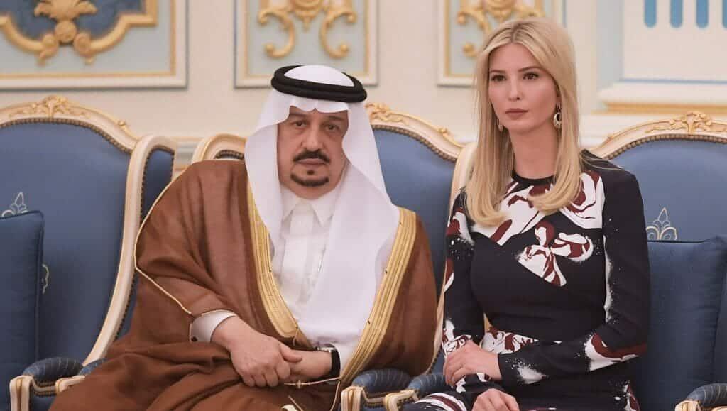"""صديقة إيفانكا """"الشقراء التي حلبت آل سعود"""" تفضحها وتنشر غسيلها قبل مغادرة والدها البيت الأبيض"""