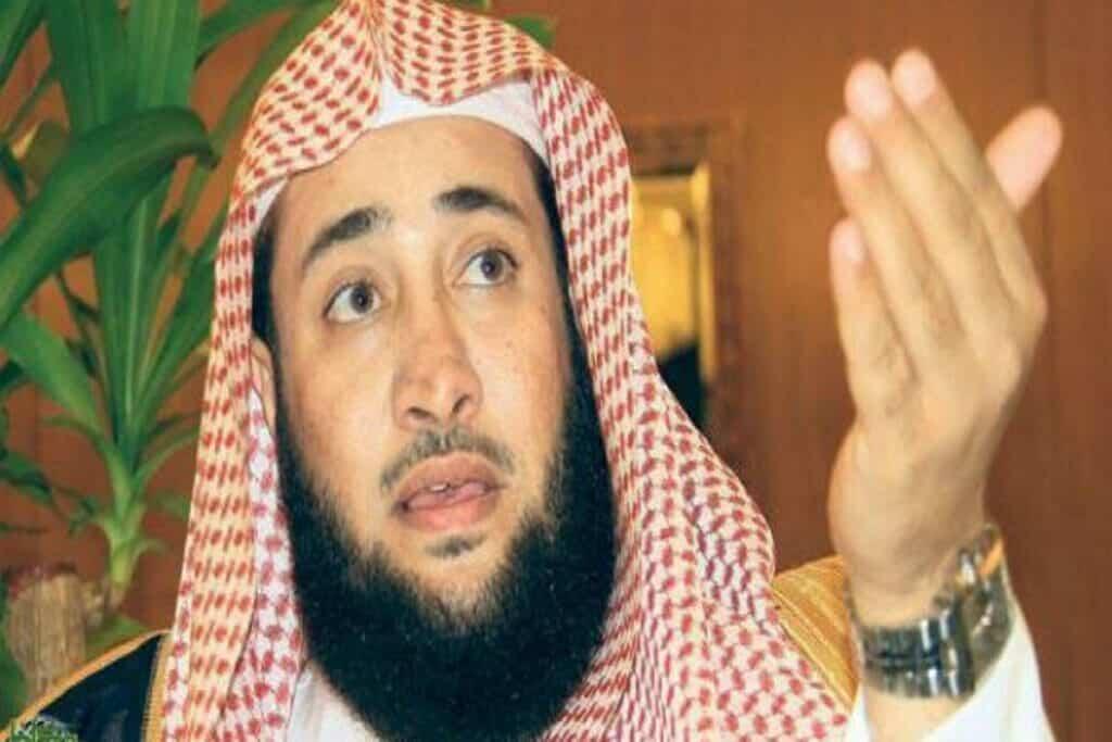 """الزوجة للاستمتاع فقط.. """"شاهد"""" داعية سعودي يفجر موجة غضب واسعة بما قاله عن النساء!"""