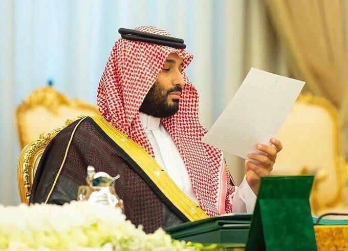 """الأمير الطائش يُبعثر أموال السعوديين.. ابن سلمان يعرض مبلغاً خيالياً لشراء """"مانشستر يونايتد"""""""