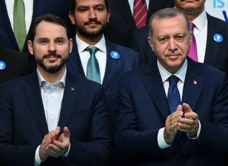 وزير الخزانة والمالية التركي براءت ألبيراق صهر أردوغان يعلن استقالته من منصبه
