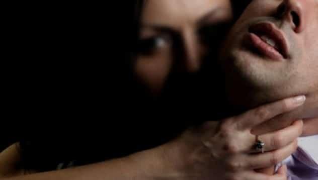 استدراج شاب في الإمارات عبر مواعدة فتاة - تعبيرية