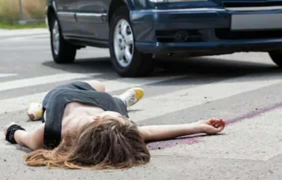العثور على جثة أليكسيس جثة مؤثرة شهيرة شاركي عارية في الشارع