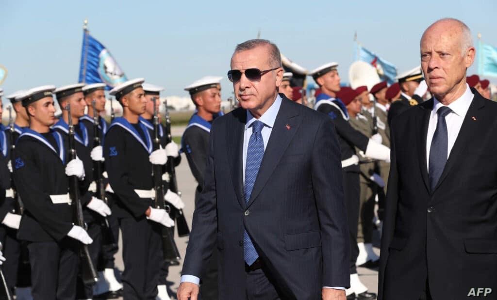 أردوغان دمر كل مخططات الإمارات ولم يترك لها متنفس وصفقة جديدة مع تونس ستُخرج ابن زايد عن شعوره