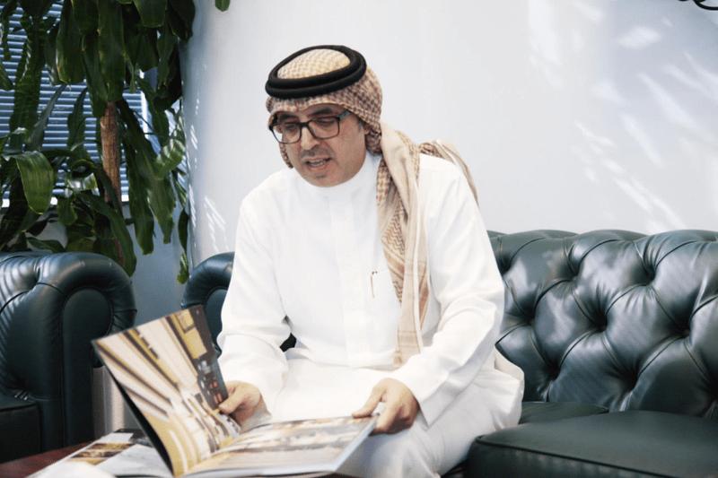 كاتب سعودي يشيطن الفلسطينيين: باعوا أرضهم لليهود بمساعدة السلطان عبدالحميد وهذا ما أرادوه للكويت
