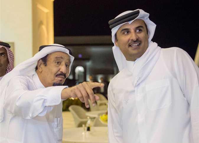 مستشار محمد بن زايد يشكك في المصالحة بين قطر و السعودية