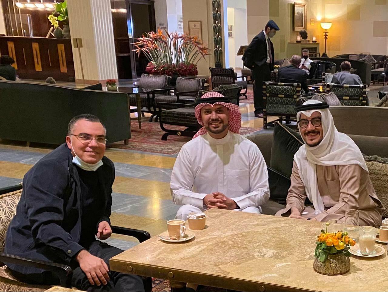 مطبعو الخليج مع افيخاي ادرعي