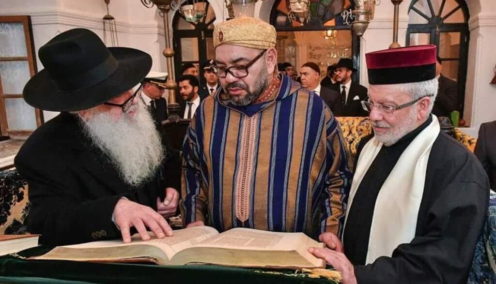 ملك المغرب بصم بالعشرة وقرر إدراج تراث اليهود في المنهاج الدراسي المغربي