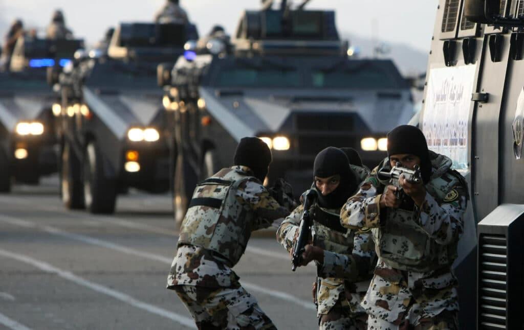 اشتباك وقتلى في حي المعيزيلة شرق الرياض scaled