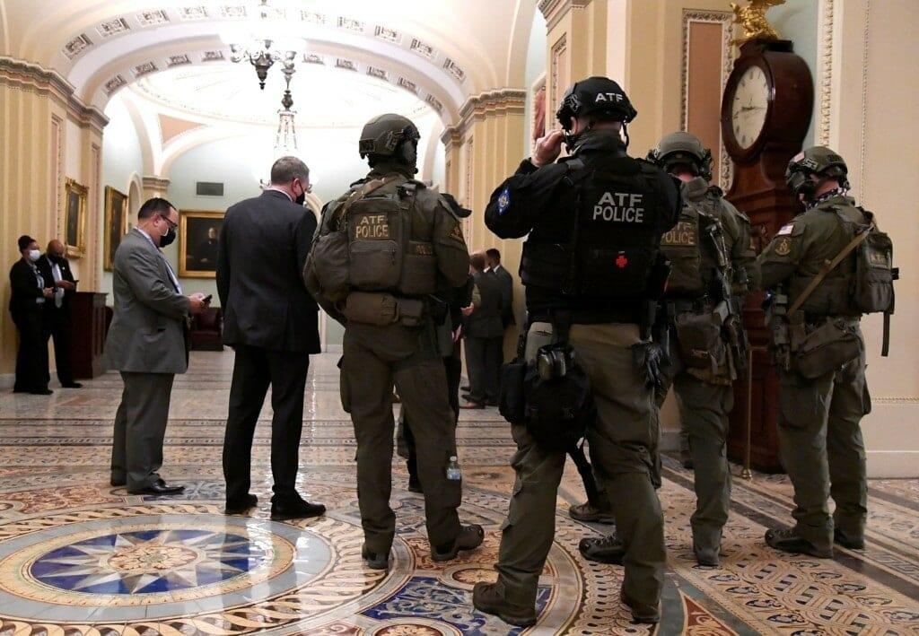 الجيش الامريكي في الكونجرس