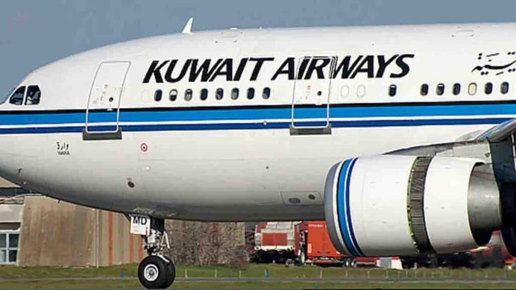 الخطوط الجوية الكويتية توضح حقيقة منع الاسرائيليين