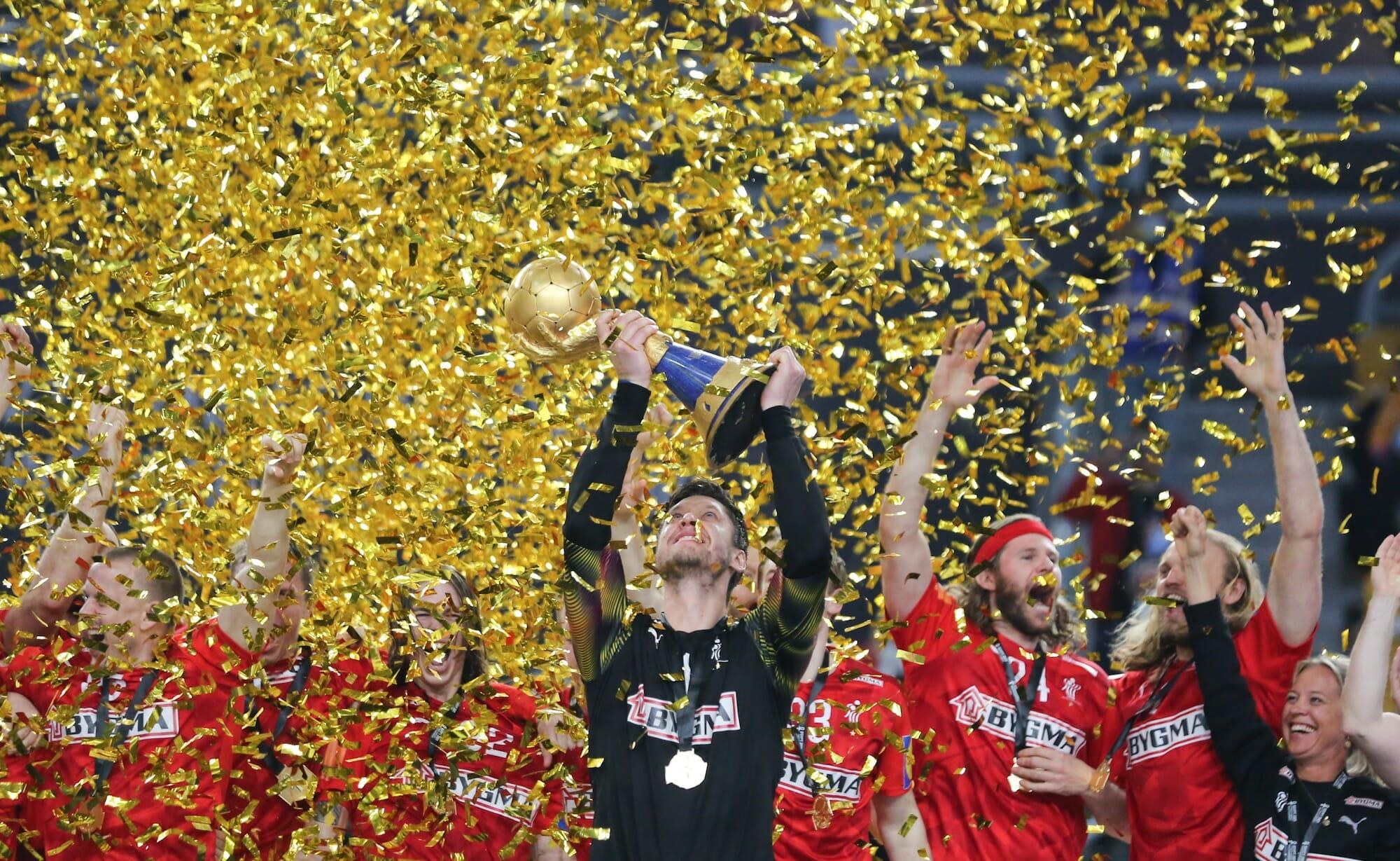 الدنمارك تتوج بكأس كرة العالم لكرة اليد عام 2021