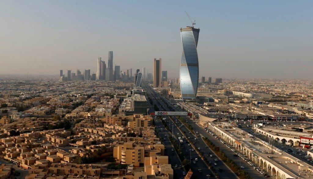 """""""ألوية الوعد الحق"""" جماعة مجهولة تتبنى قصف الرياض"""