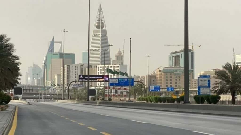 اعتراض صاروخ الرياض ودوي انفجار ضخم هزّ العاصمة