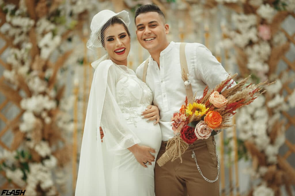 """""""العروس الحامل"""" بحفل زفافها شغلت المصريين"""