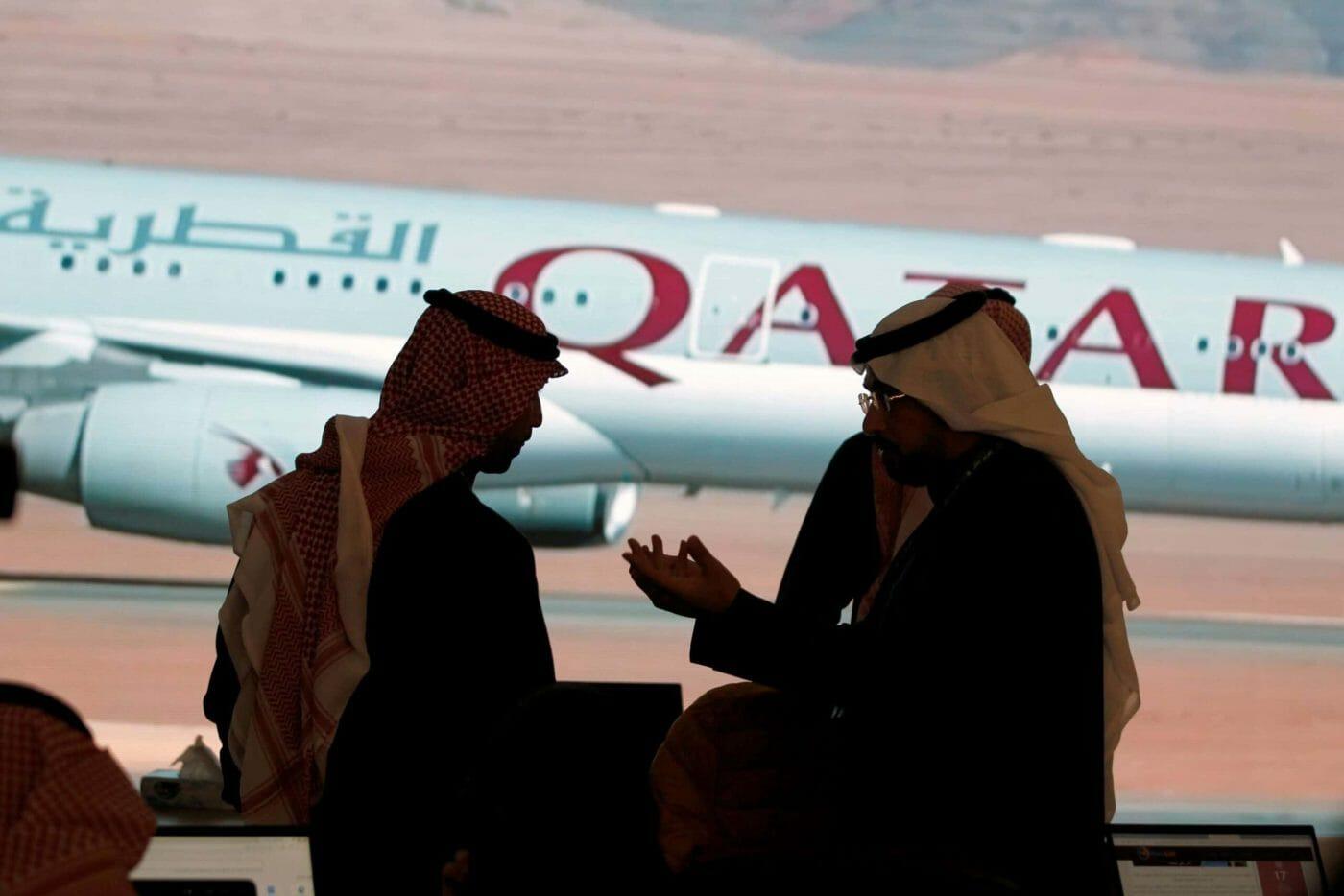 فايننشال تايمز تكشف كيف وضع المحاصرون رؤوسهم بالتراب وطلبوا الصلح مع قطر بعدما تآمروا عليها