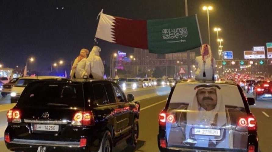 دول الحصار تعبت من صمود قطر.. الغارديان: لهذه الأسباب اضطر ابن سلمان لإتمام المصالحة