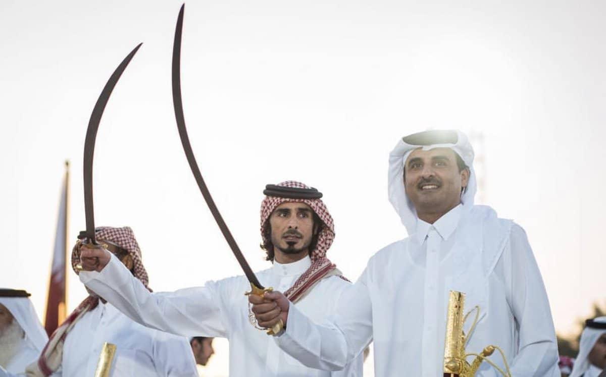 """""""لولاه ما حاصر المحاصرون قطر"""".. شيخة قطرية تسجد لله شكراً على خسارة ترامب وفشل حلفه"""