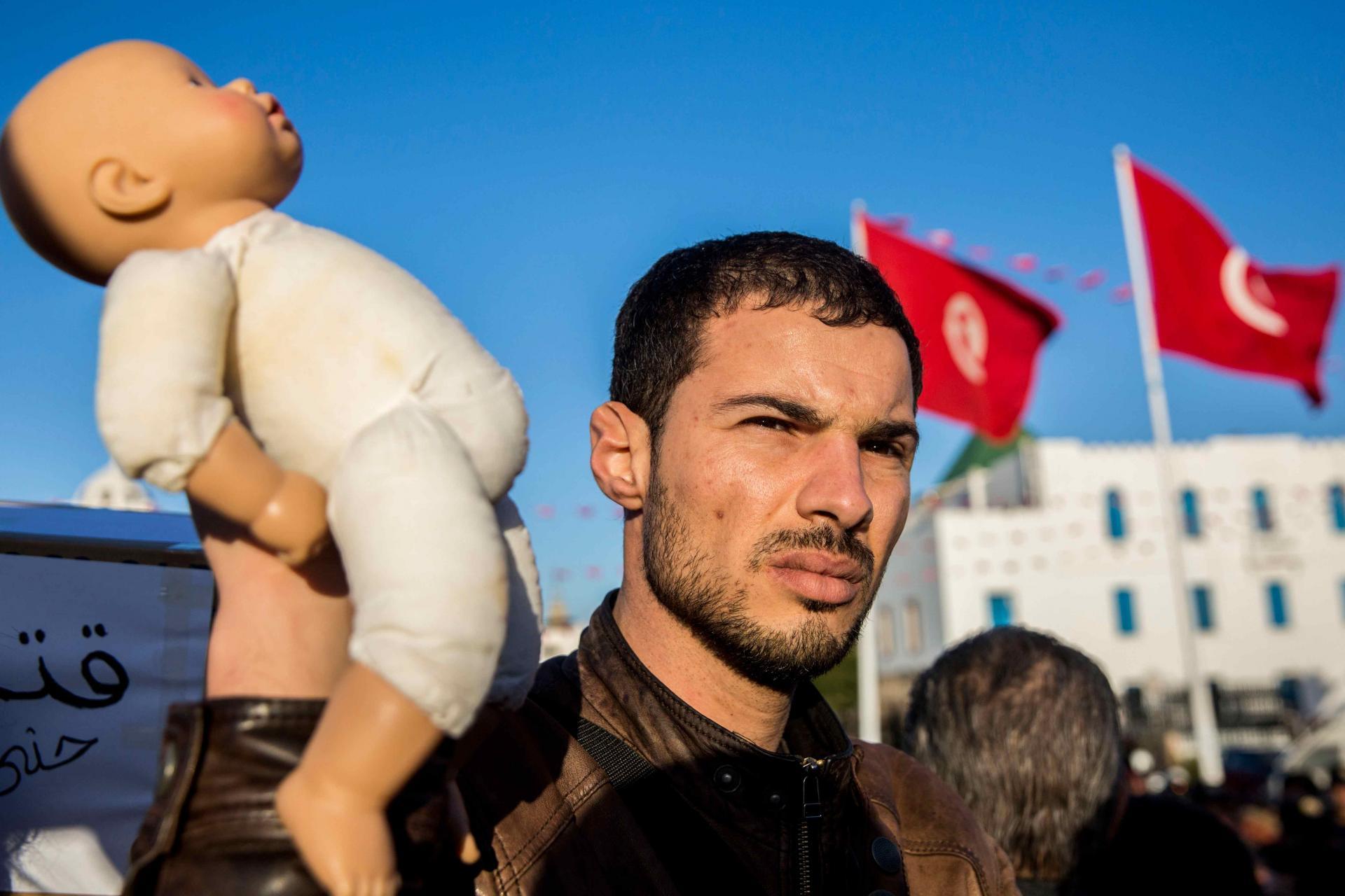 فضيحة جديدة للإمارات في تونس