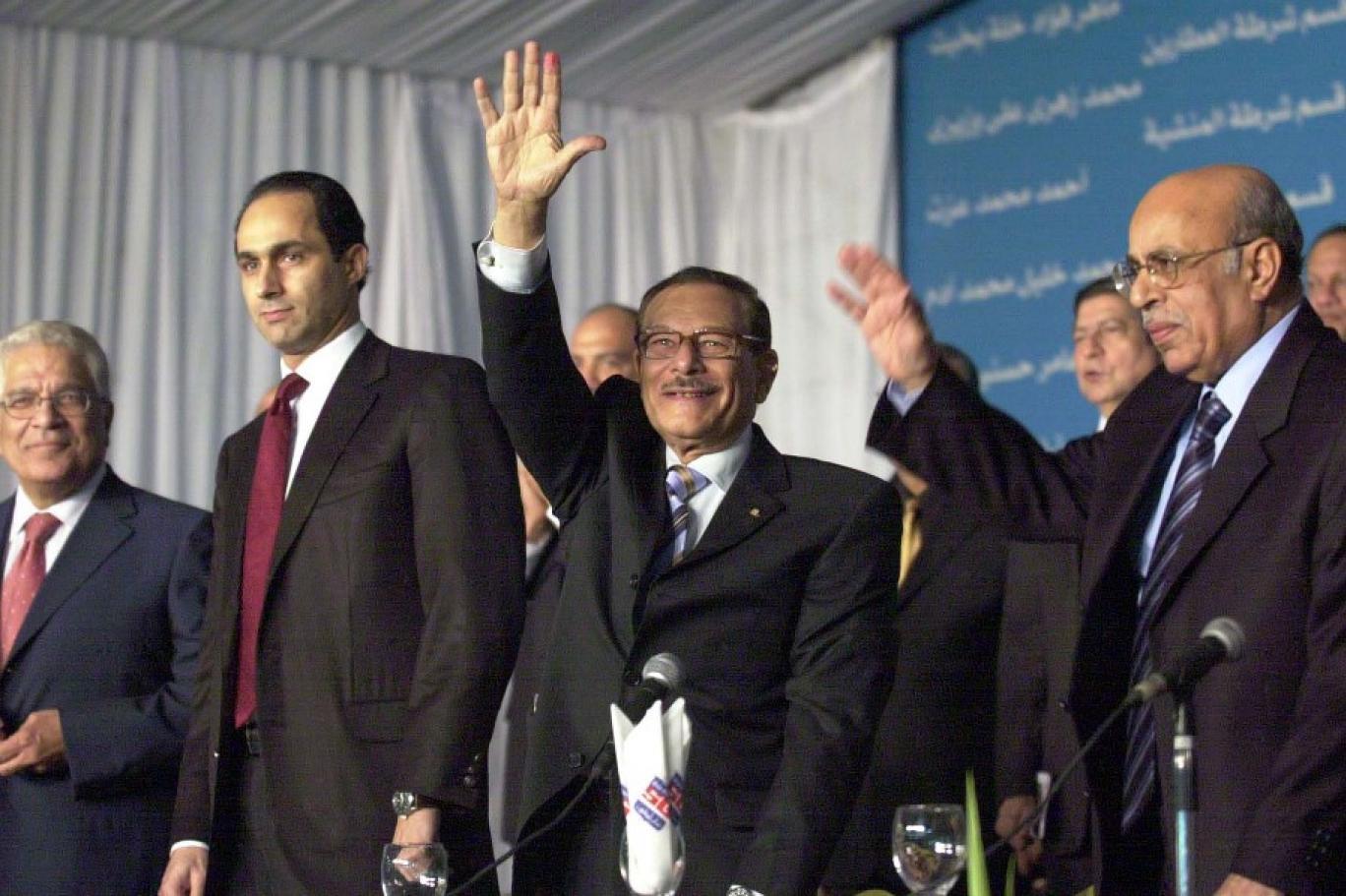 """""""الضابط موافي"""" أقذر من أنجبت الحقبة العسكرية.. مات صفوت الشريف فترحم المصريون على سعاد حسني"""