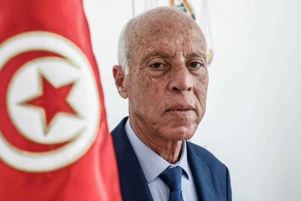 النيابة العامة التونسية تفجّر مفاجأة عن الطرد المشبوه الذي أُرسل للرئيس قيس سعيد!