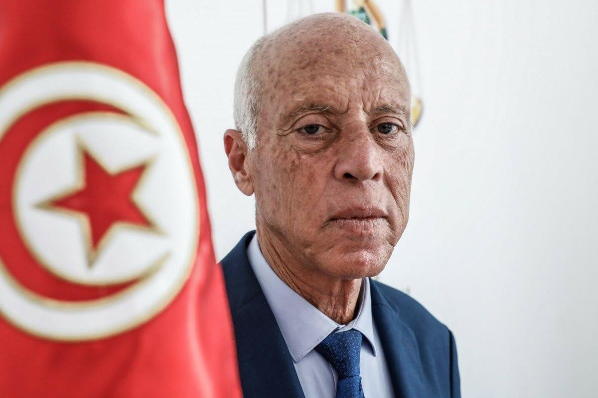 النيابة العامة التونسية تكشف مفاجأة عن الطرد المشبوه الذي أرسل للرئاسة التونسية