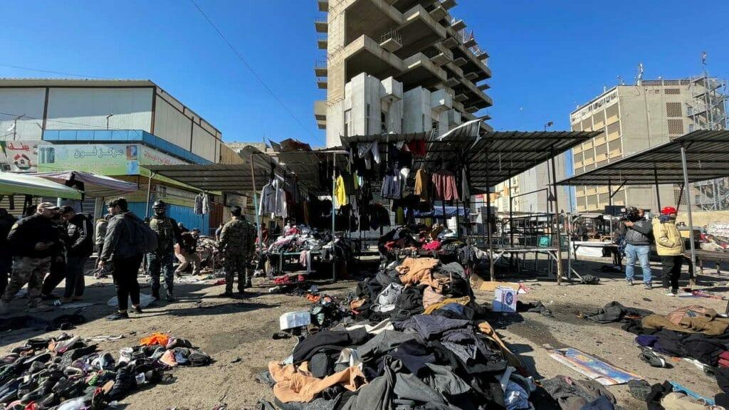 """ما وراء الكواليس بمجزرة """"ساحة الطيران"""" في بغداد وأصابع الاتهام تتجه للسعودية"""