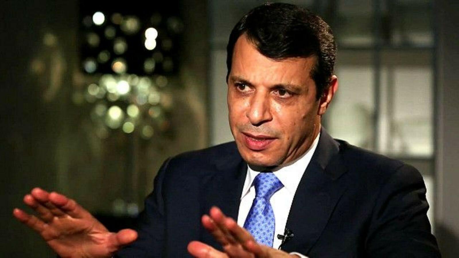 محمد دحلان يهاجم محمود عباس