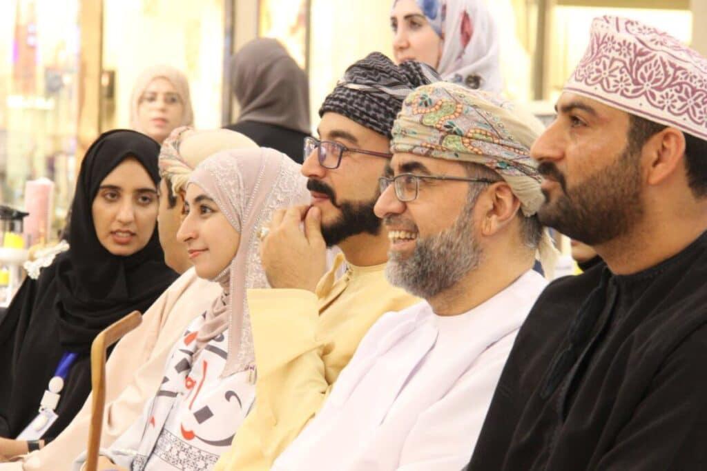 آمنة البلوشي تقترح تشكيل الحكومة الإلكترونية في سلطنة عمان