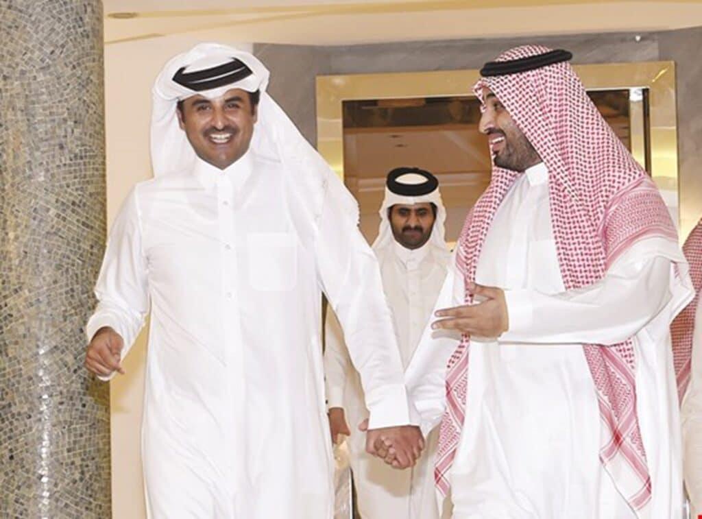 الملك سلمان وولي عهده يهنئان الأمير تميم بن حمد بمناسبة ذكرى توليه الحكم