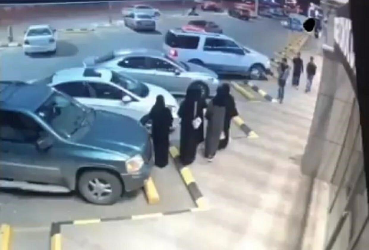 سعودي يعتدي على فتاة بعد تحرشه بها في حفر الباطن
