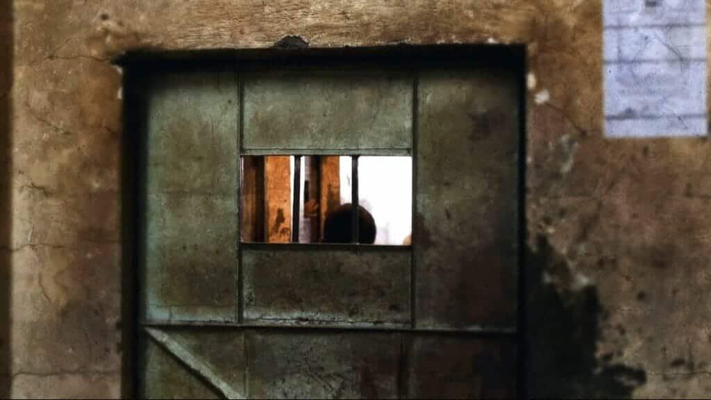 محمد بن زايد أمر بتعذيب المعتقل محمد الصديق بعد ما قالته ابنته لـ بي بي سي
