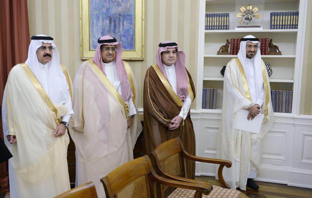 """نجل سعد الجبري الذي يمثل والده """"صندوق أسرار آل سعود"""" يحذر من حملة اغتيالات جديدة"""