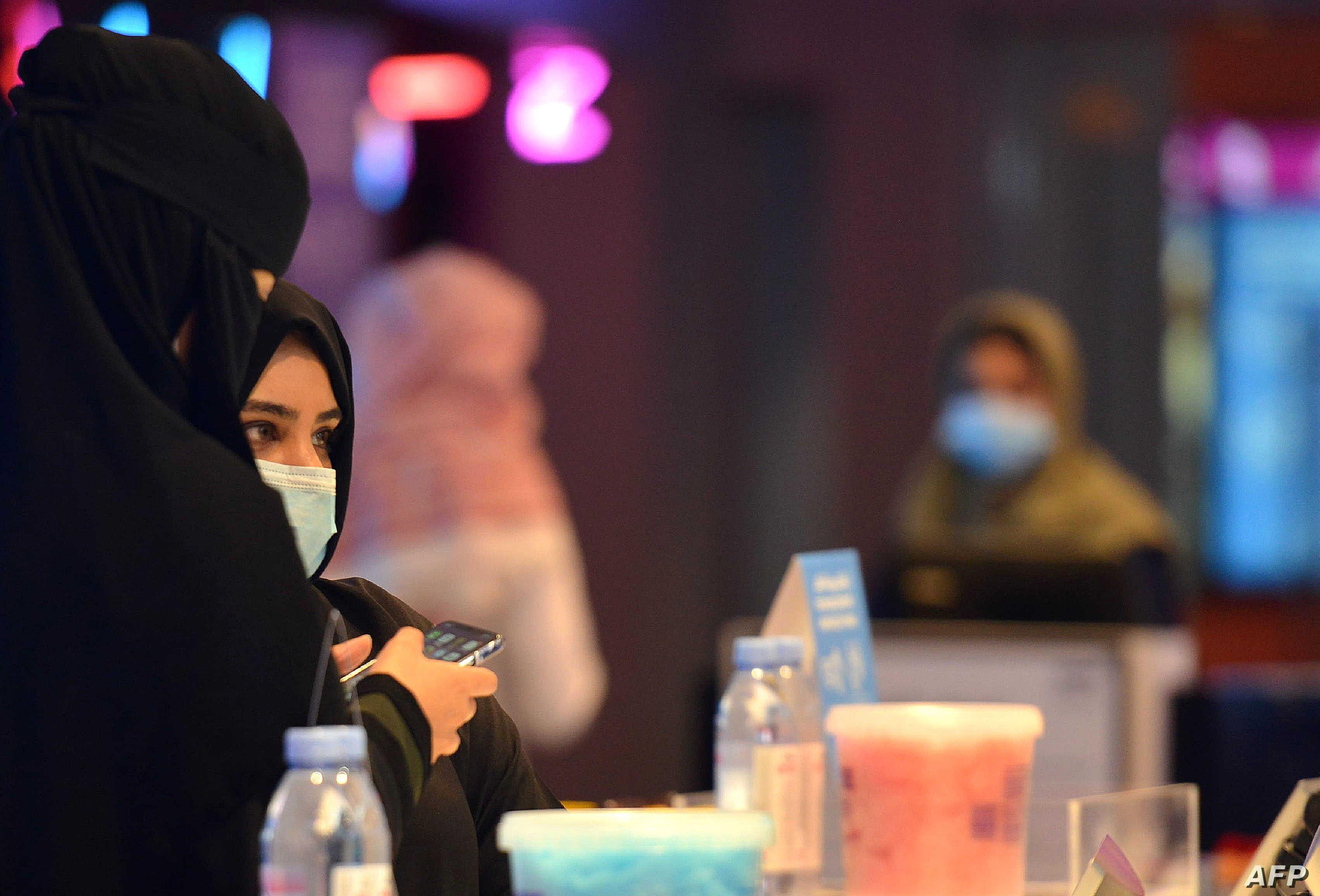 كاتب سعودي المسيحيون يحترمون المرأة